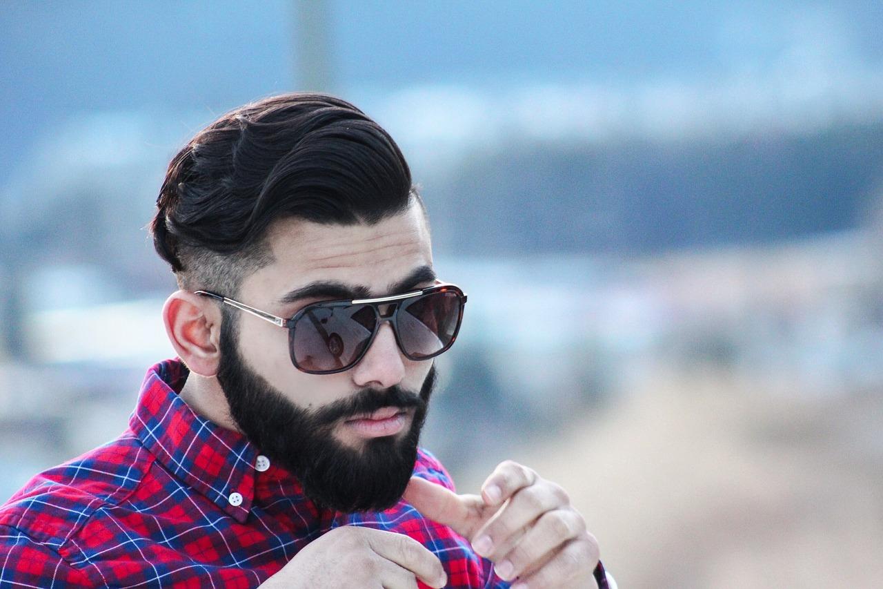 Dicas de Estilo de Barba para Rosto Redondo: Short Boxed