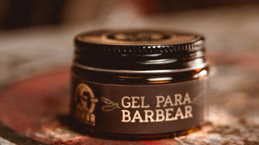 3 Tipos de Barba Masculina e Seus Acessórios: Gel para barbear