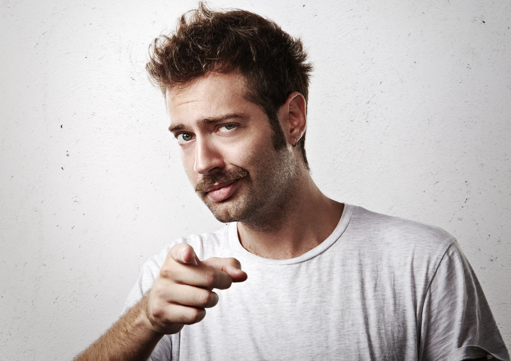 Tipos de Barba para Rosto Triangular: Beardstache
