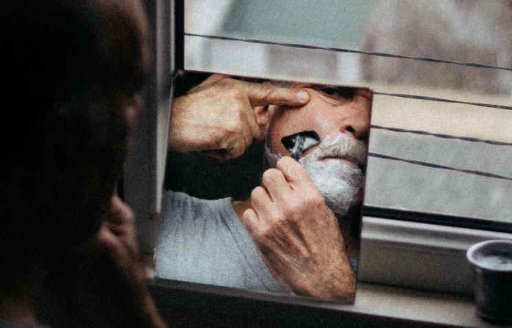 Com que frequência se barbear