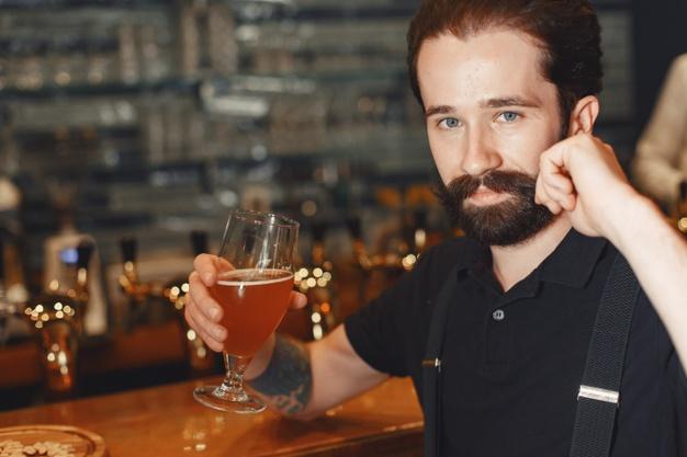 cerveja e o crescimento da barba