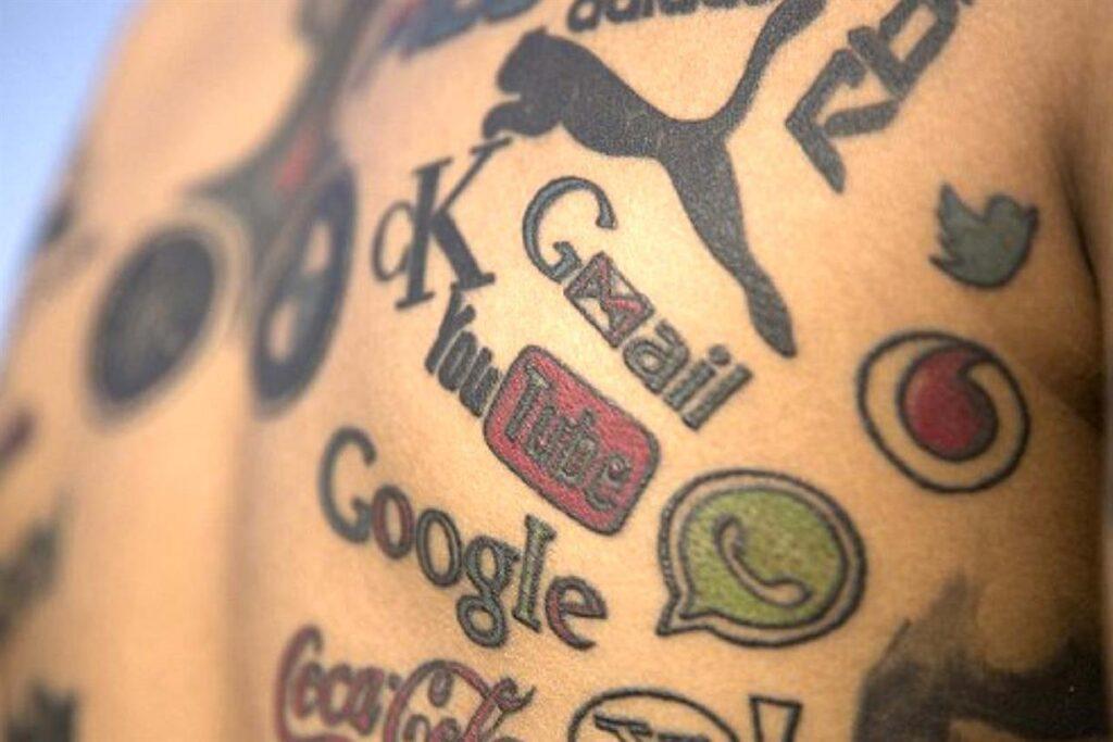 tatuagem de marcas famosas
